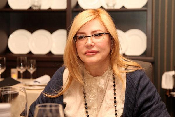 Марина Азизова